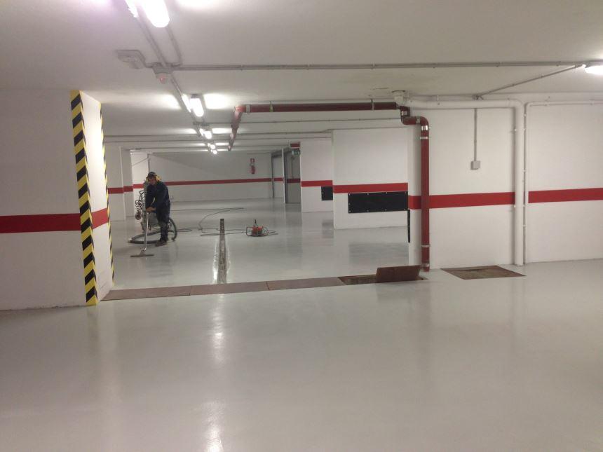 Pavimenti in resina per parcheggi garage o autorimesse resin con